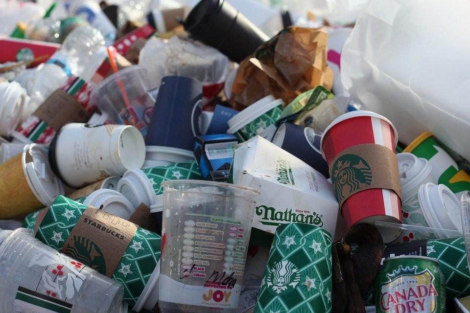 Verbot von Einweg-Plastik-Produkten