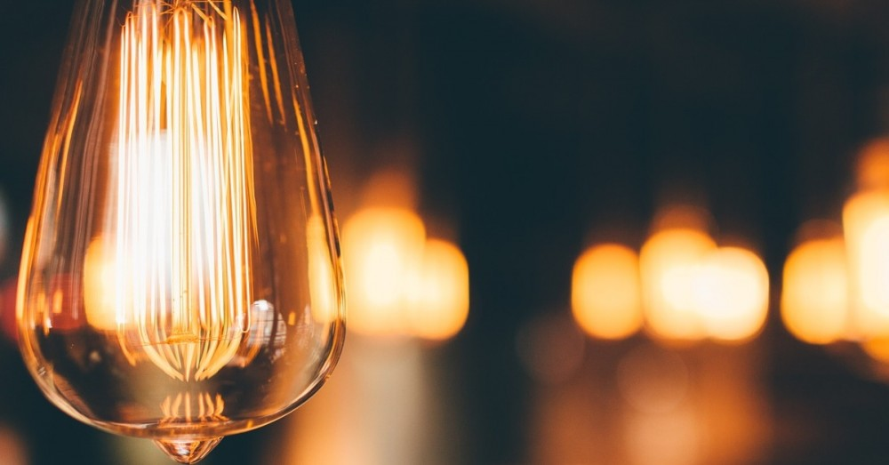 Neues Material speichert jahrelang Solarenergie