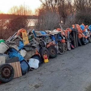 Müllsammler fischen 3,73 Tonnen Müll aus den Rheinauen