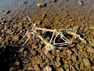 10-jähriger fischt tonnenweise Altmetall aus Flüssen